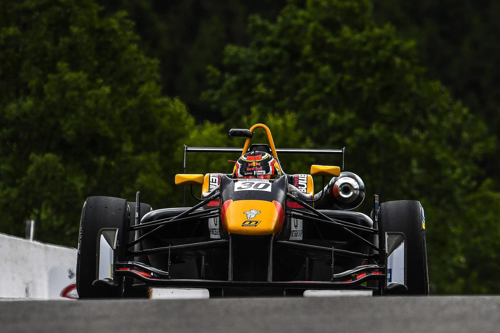 Lawson crashes out of the lead at Spa